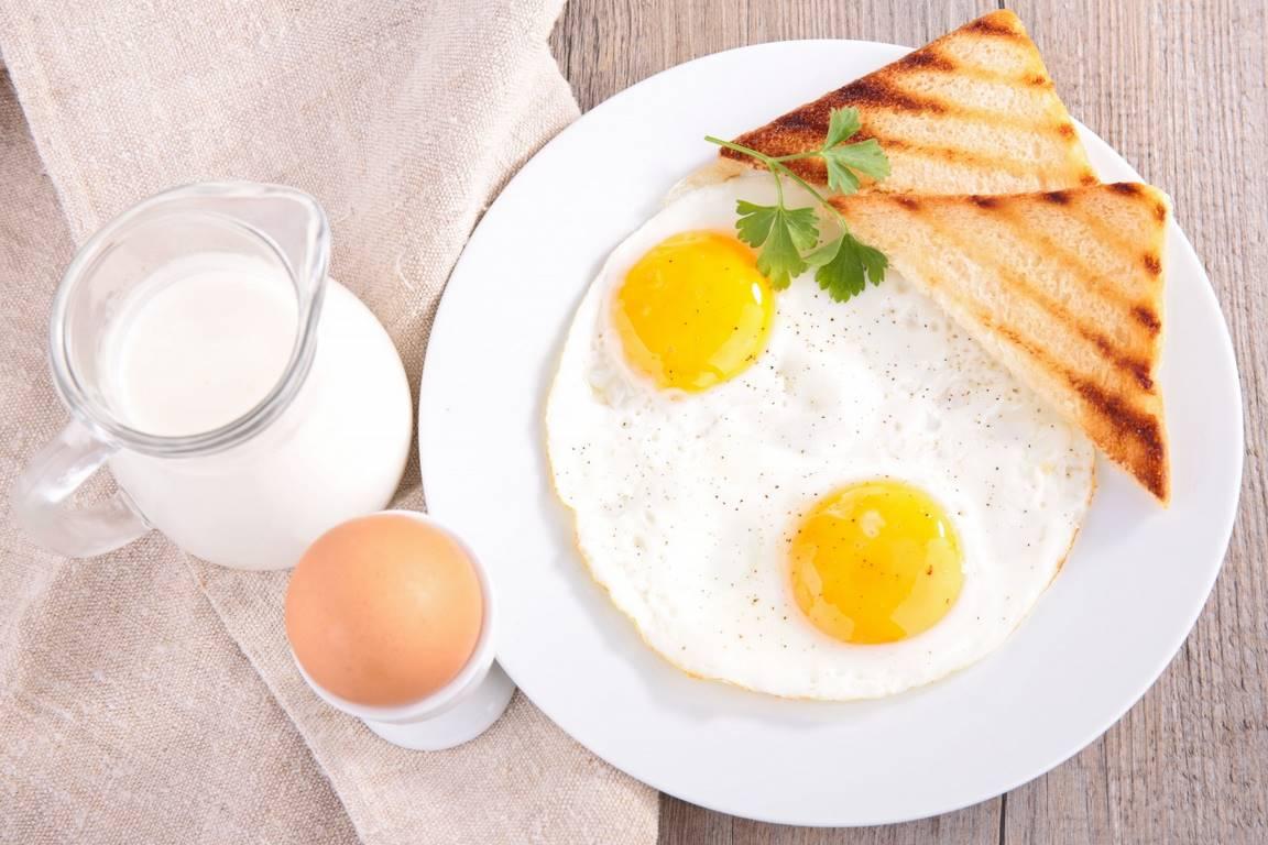 12 продуктов, которые можно и нельзя есть натощак