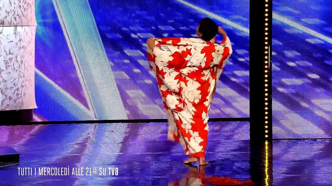 Когда 70 летняя женщина вышла на сцену, судьи даже подумать не могли, что увидят ТАКОЕ!