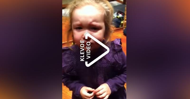 «Мам, у меня такие плаблемы…» Маруся первый день идет в детский сад!