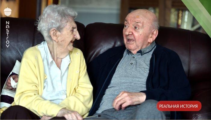 98 летняя мама ухаживает за своим 80 летним сыном. Все потому, что для мамы ребенок всегда остается ребенком