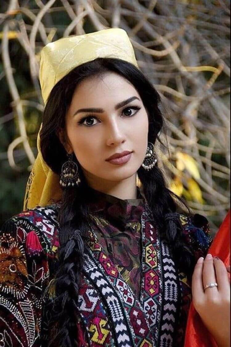 Безумно красивые таджикские девушки, которые заставят сердце биться чаще!