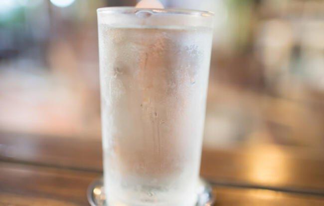3 напитка, которые помогают сбросить вес лучше, чем лимонная вода!
