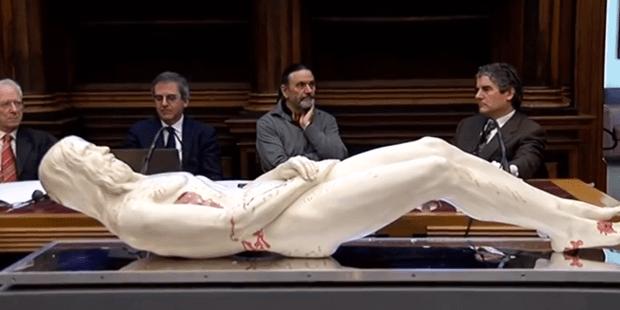 В Италии сделали 3D копию Иисуса из туринской плащаницы! Вот каким он был!