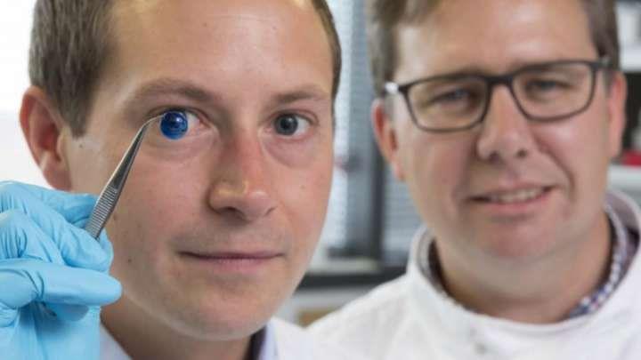 Британские ученые впервые создали 3D печатные роговицы для человеческого глаза!