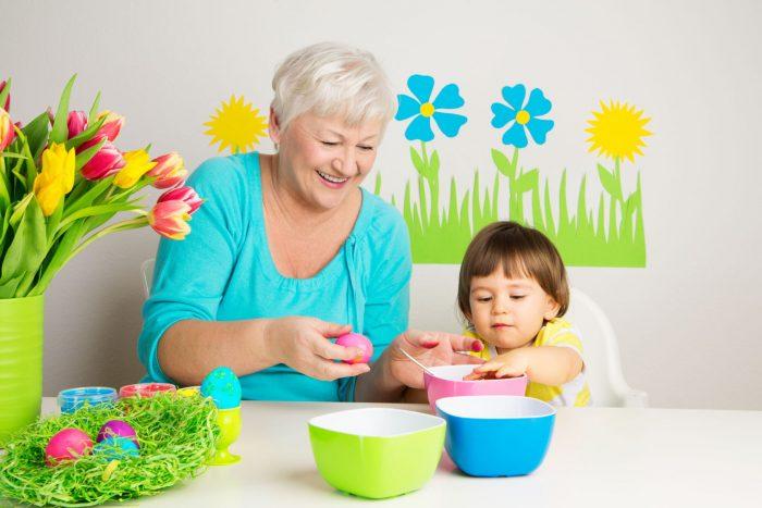 Бабушка по материнской линии – самый главный человек в жизни ребенка!