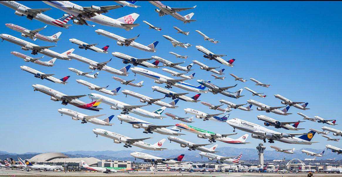10 невероятных фотографий воздушного движения по всему миру, для которых фотографу понадобилось 2 года, чтобы их снять!