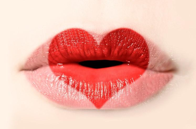Антивозрастная коррекция губ!