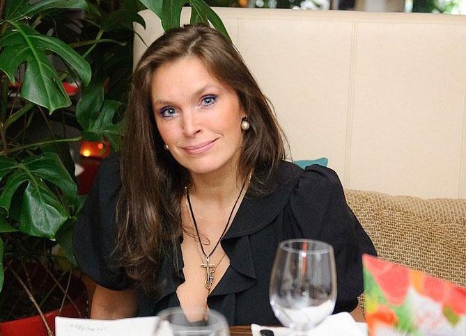 Марина Могилевская: биография, личная жизнь, семья, фильмы, фото