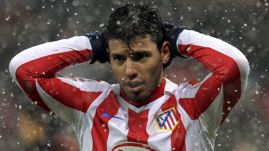 Серхио Агуэро: карьера и личная жизнь футболиста