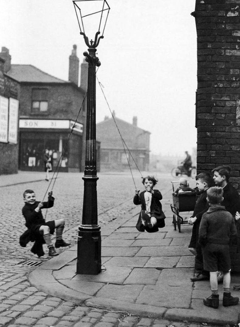 Детство без смартфонов: настоящие развлечения детей до эпохи интернета.