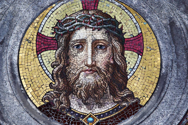 Одна из величайших тайн Библии. Кто был настоящим отцом Иисуса Христа?