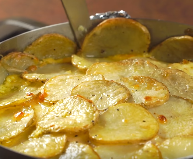 Картофельный торт с ветчиной и сыром: вкусно, сытно, быстро и не очень дорого!