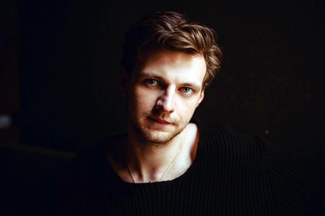 Максим Керин: биография, дата рождения, личная жизнь, сериалы, фильмы, роли и фото актера