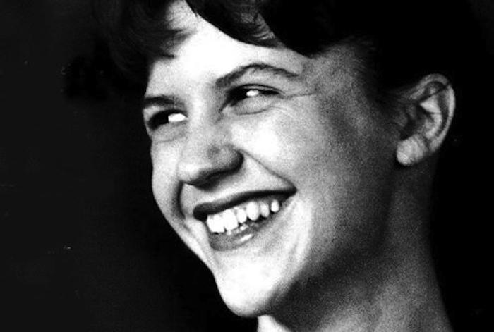 10 писателей, которые были психически больными - но подарили миру великие идеи