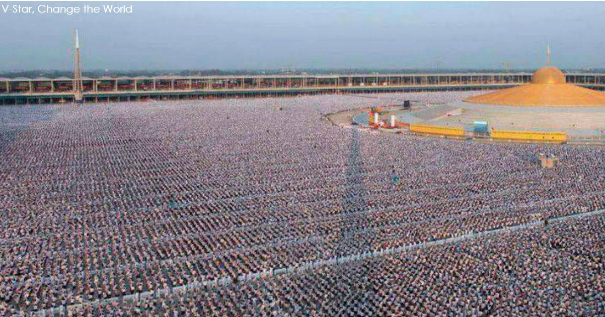 Смотрите, как 1 миллион детей в Таиланде медитировал за мир во всем мире