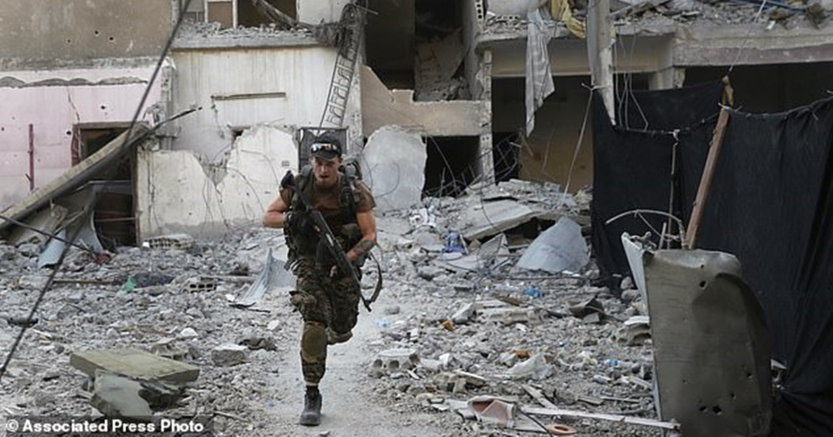 ИГИЛ захватил 700 заложников. Будут убивать по 10 человек в день
