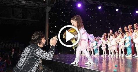 Дочь Киркорова дебютировала на большой сцене! Её выступление вызвало полный восторг у поклонников