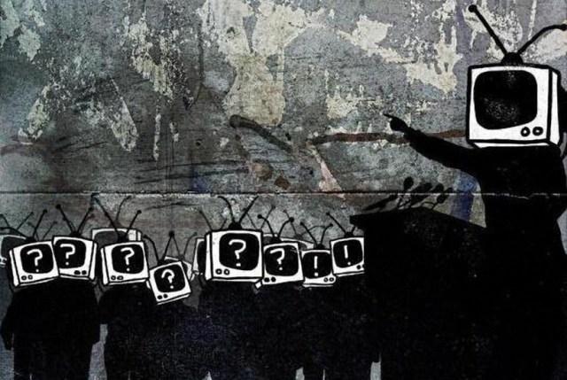 10 страшных трюков, с помощью которых контролируют массы. Рассказывает Ноам Хомский