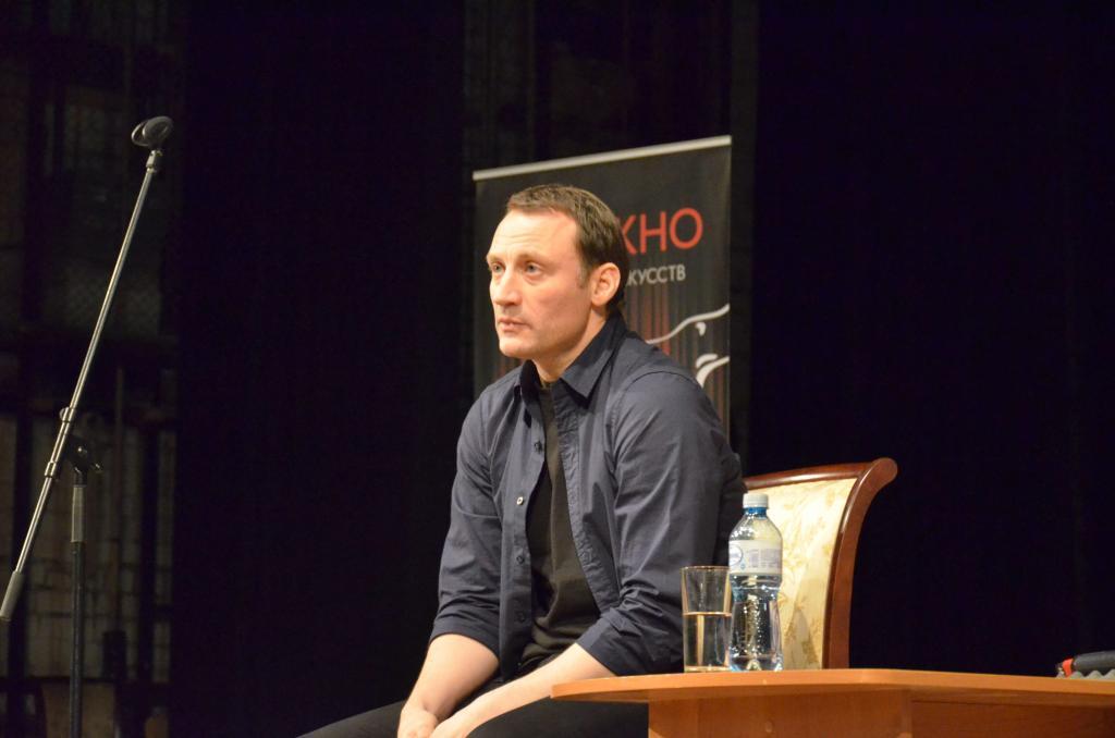 Анатолий Белый: биография, личная жизнь, семья и фото