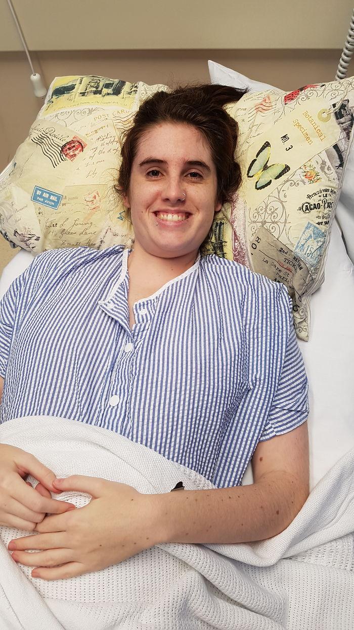 Я документирую свою медленную смерть от редкой болезни, чтобы эвтаназию, наконец, легализовали
