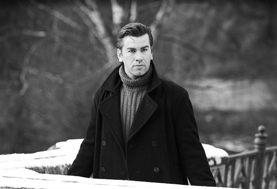 Александр Кольцов: биография, личная жизнь, семья, фильмы, сериалы и фото актера