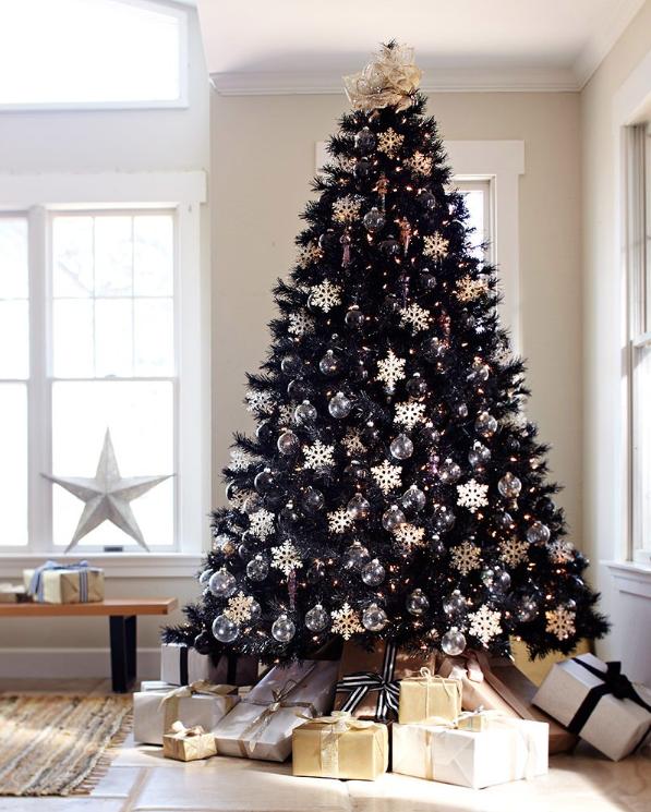 Обычные елки – это уже не модно. Модно – черная елка!