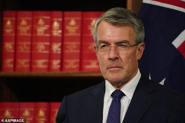 Австралия – первая страна, чья власть будет официально читать переписку граждан