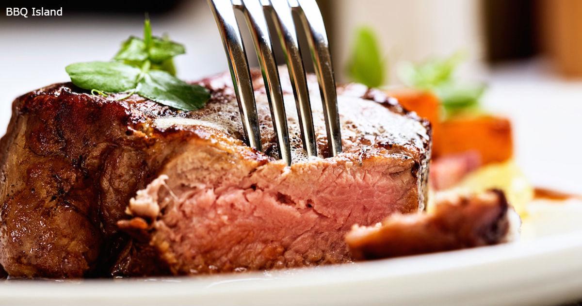 Врачи непреклонны: отказ от мяса делает людей грустными, злыми и больными