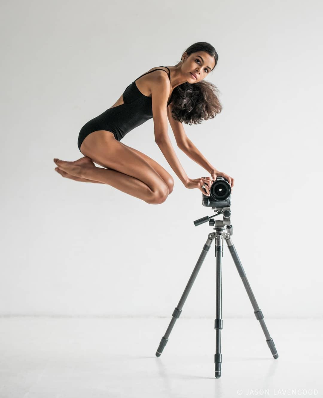 Эта балерина еще только начинает свой путь, но уже поразила мир своей гибкостью