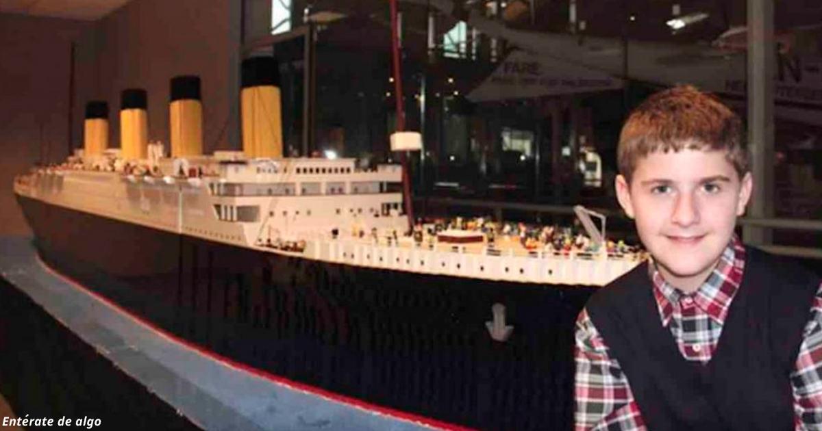 Ребёнок-аутист построил из LEGO точную копию «Титаника»!
