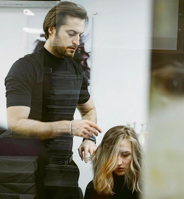 Стилист Евгений Жук доказал, что макияж и прическа могут изменить все!
