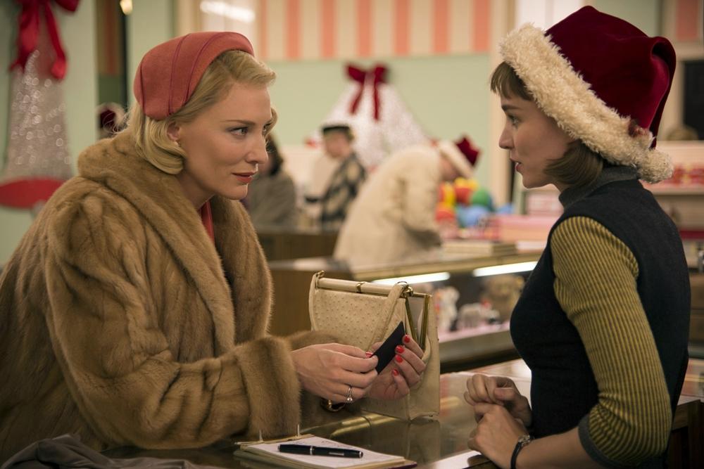 17 фильмов, которые идеально подходят, чтобы смотреть их в декабре