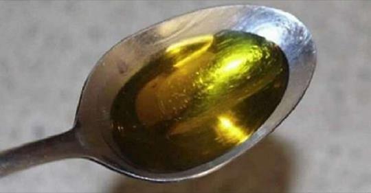 Что будет с вашим телом, если пить оливковое масло натощак.