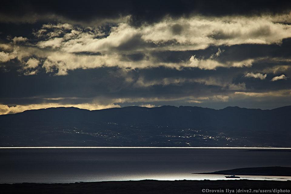 По скалистым мысам Баренцева моря, путь на восток Рыбачьего.