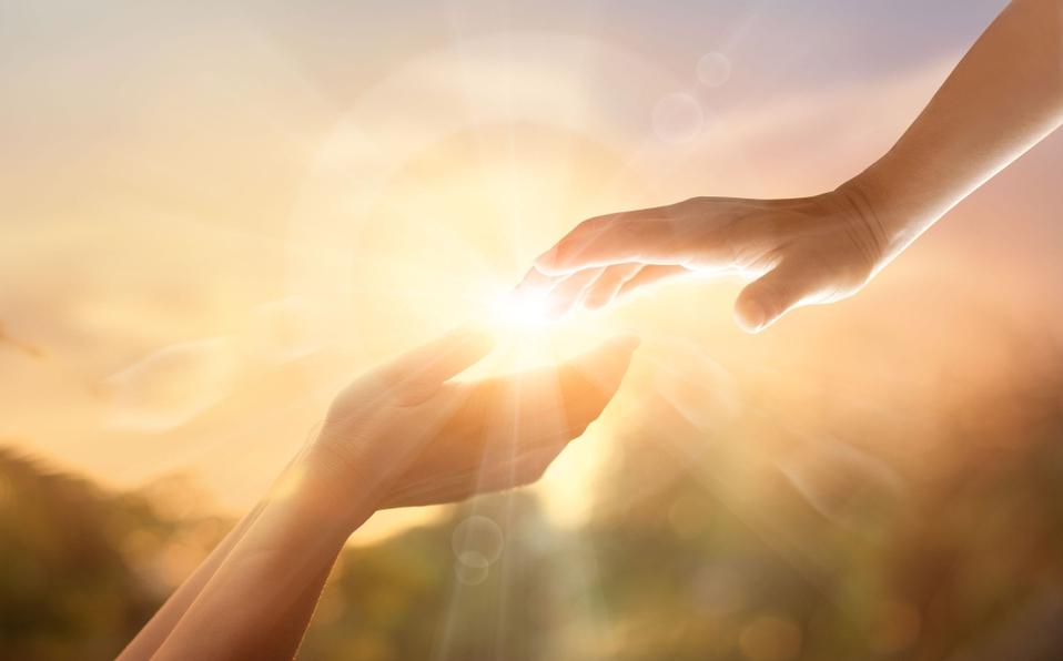 В какой момент люди стали верить в Бога? И главное - зачем?