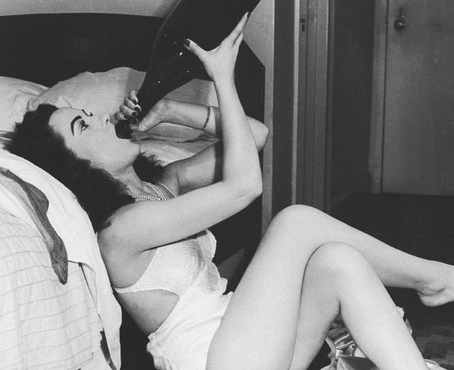 10 типов женщин, с которыми каждый мужик имел дело
