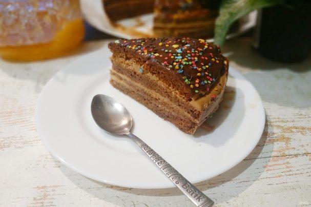 Медовый торт одним коржом