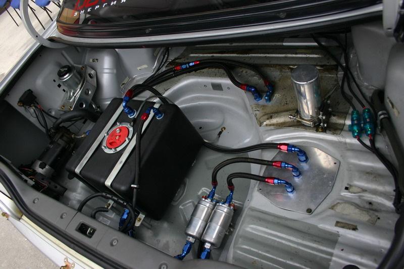 Как строят гоночные автомобили. Двигатель.