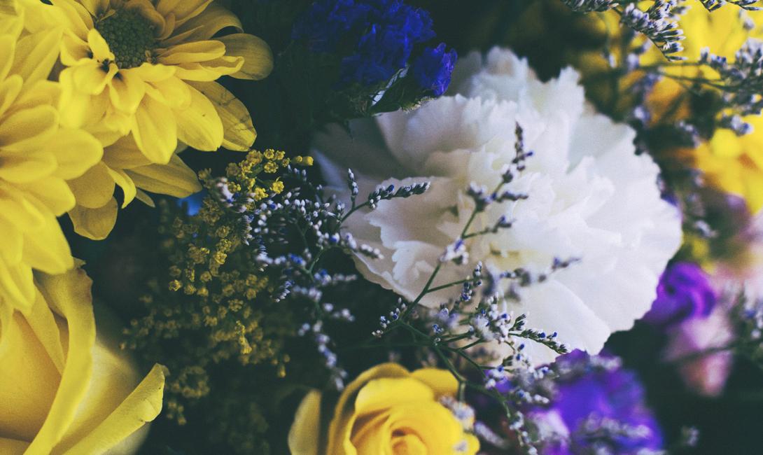 Подарить цветы девушке проще, чем ты думаешь