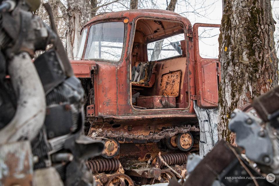 Легендарный трактор ДТ-75М с круглой кабиной. Железный. Мощный и крутой