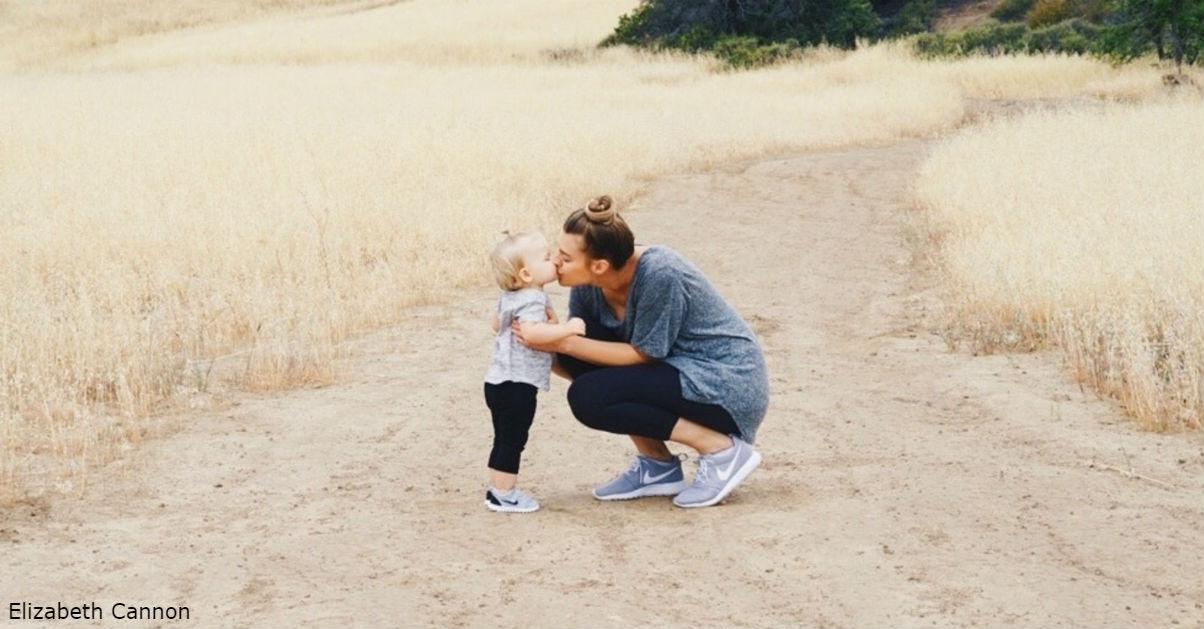 Как привязанность родителей формирует счастье ребенка на всю жизнь