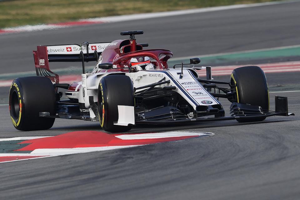 Формула-1. Сезон 2019. Погоня за «Серебряными стрелами». Эпизод шестой