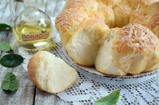 Обезьяний хлеб с чесноком и сыром