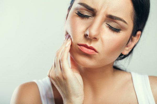 8 видов боли, которую нельзя игнорировать: признаки опасных ″возрастных″ болезней