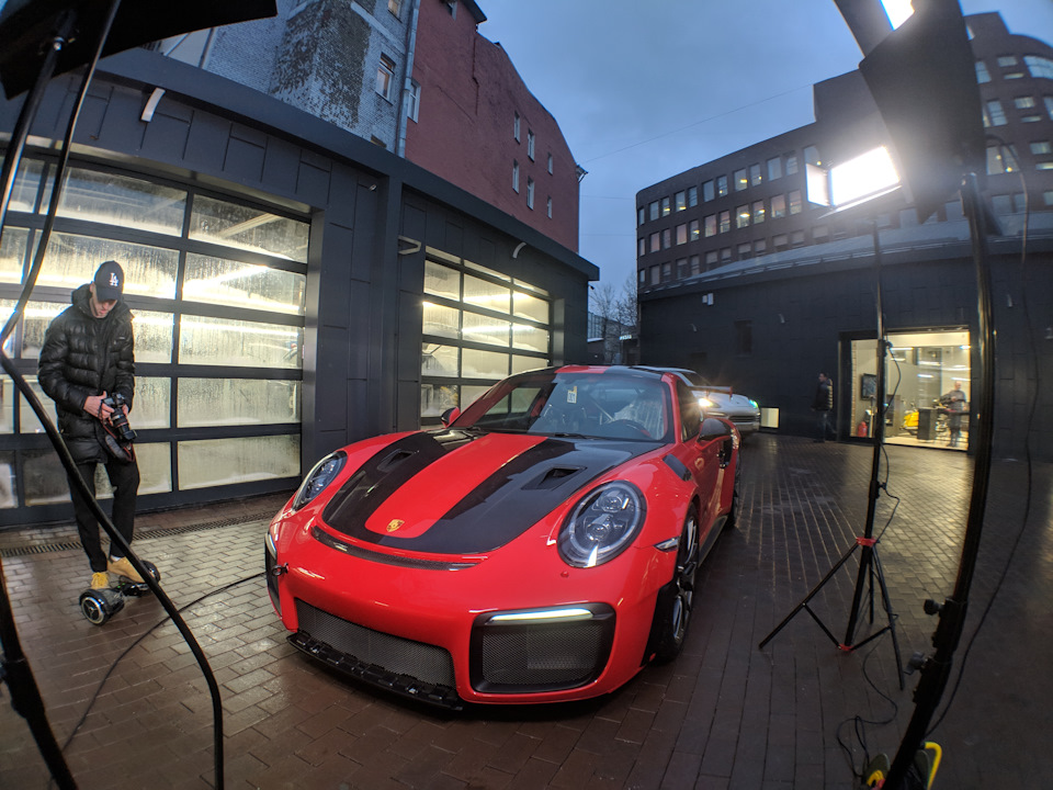 A day with the most powerful Porsche: 700 troops and 21 million rubles! Can you buy a dream garage for the money?