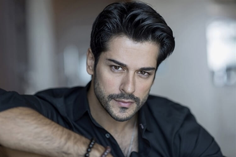 Самые сексуальные актёры из Турции, сумевшие завладеть женскими сердцами!