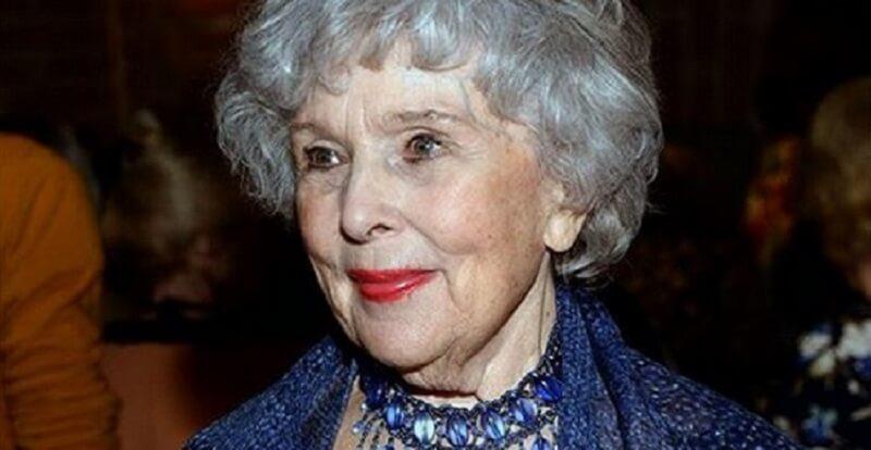 «Уникальная женщина» Вера Васильева отметила свой 93  й день рождения на сцене