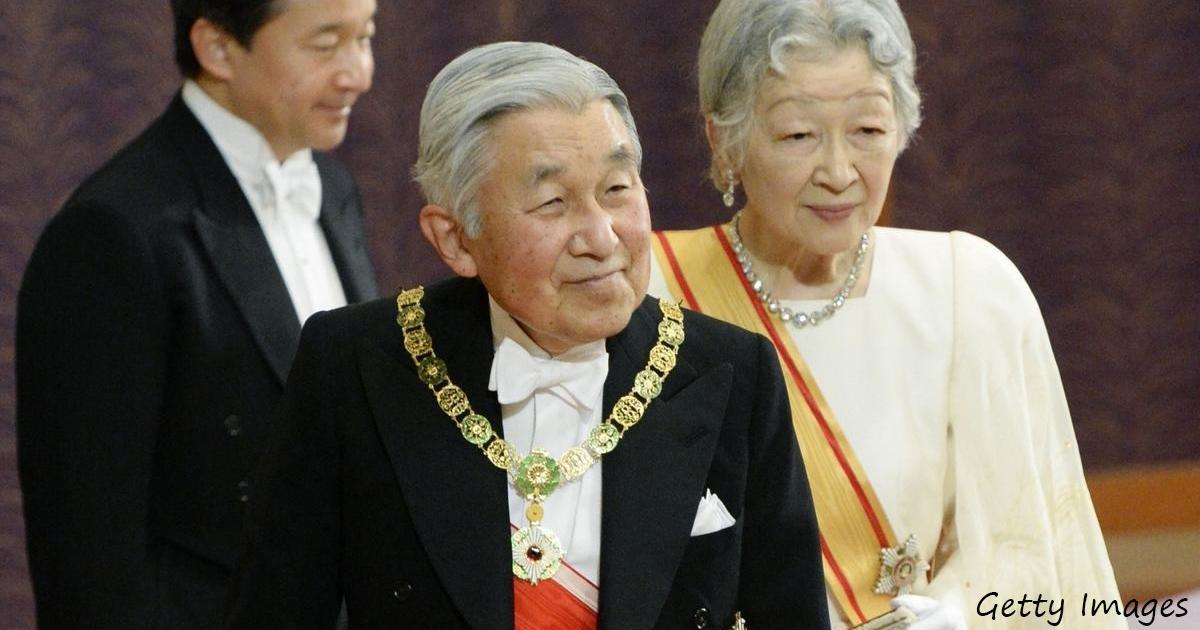 Японский император отрекается от престола впервые за 200 лет