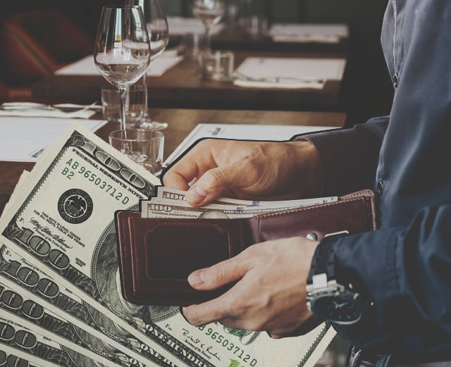 Когда лучше переплатить, чтобы сэкономить