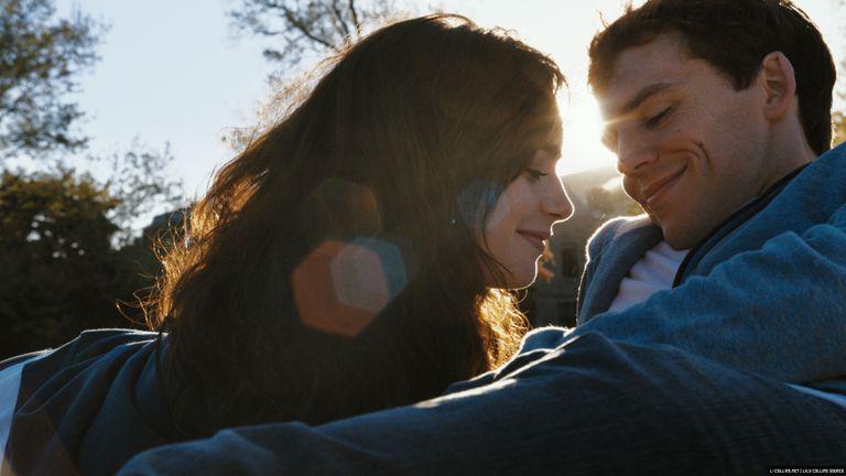 43 трогательных и откровенно слезливых фильма, которые понравятся почти каждой женщине